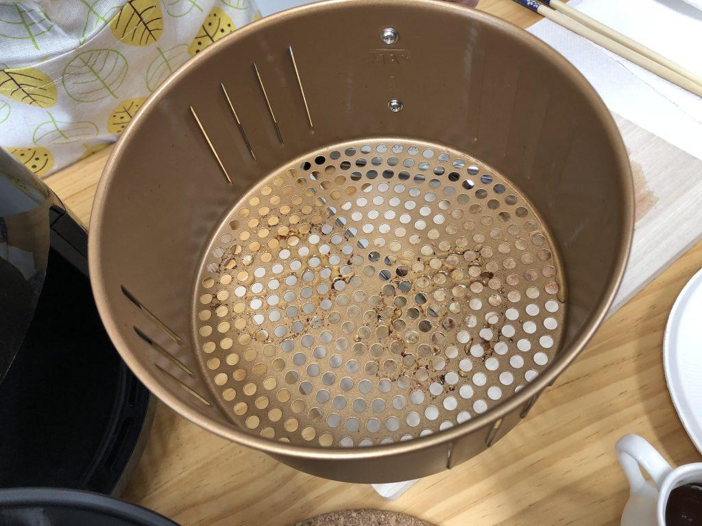 ハンバーグ完成後の網の汚れ